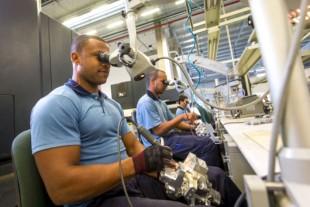 1424_liebherr-aerospace-brazil-new-factory-inside_img_310