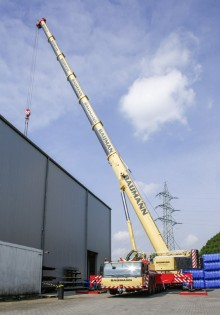 1424_liebherr-mobile-crane-ltm1300-6-2-baumann-72dpi_img_220