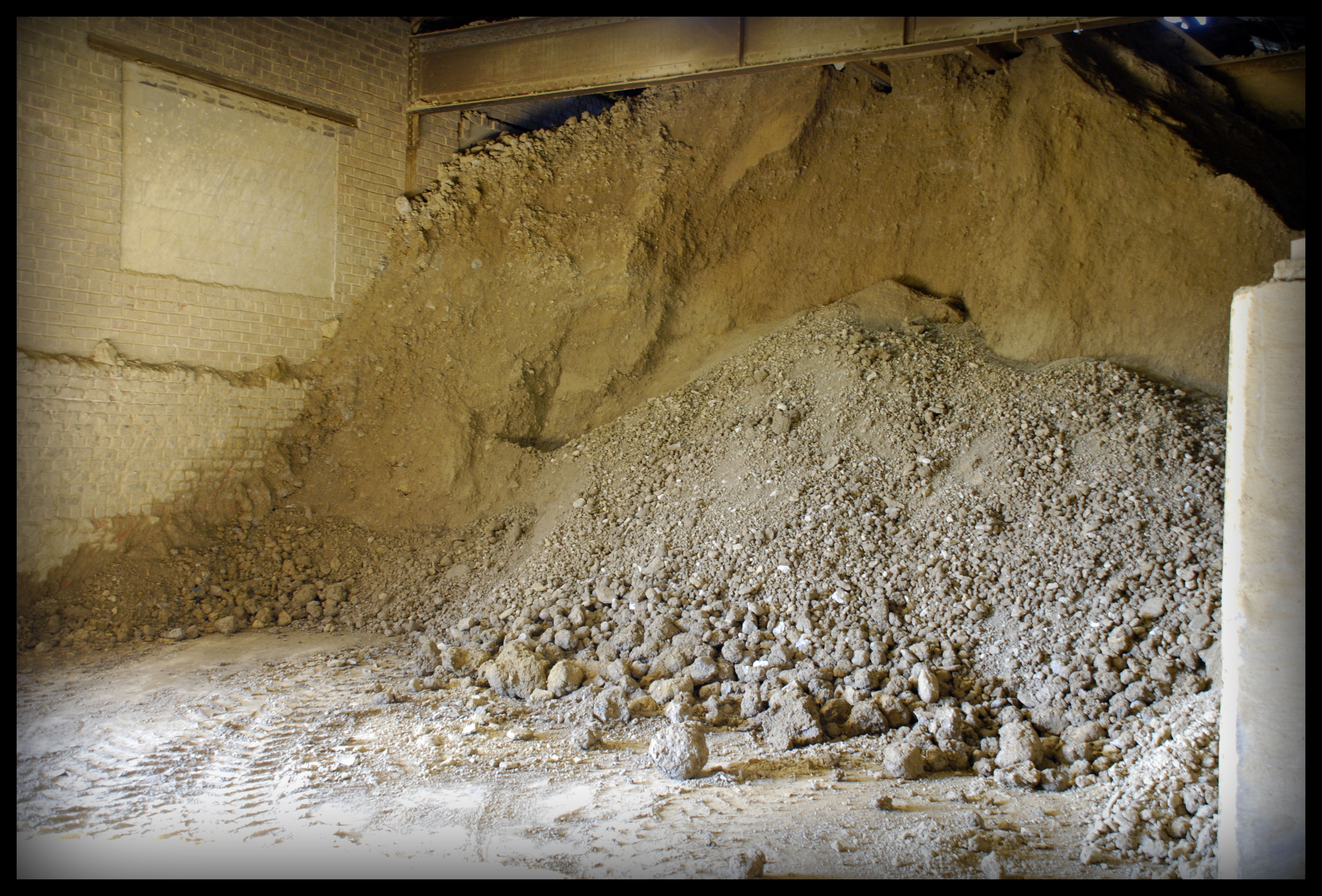 1443_Mixed-Raw-Material-Prior-to-Grinding-060707