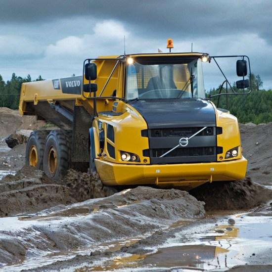 2070_volvo-camiones-articulados-a30f