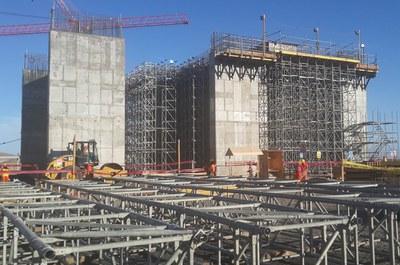 Proyectos consola de trepado for Construcciones industriales