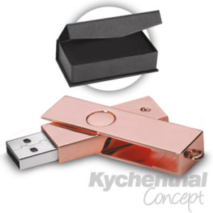 PENDRIVE-COBRIZADO-8-GB-USB-CAJA-NEGRA-CON-CIERRE-IMANTADO-045-00028-015