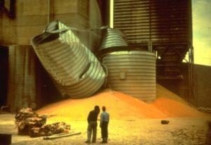 Silo-failure-corn-silo-collapse