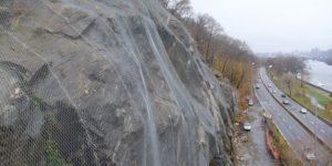 Steinschlag-Vorhänge: Optimale Steinschlag-Kontrolle Zwischen Netz Und Fels