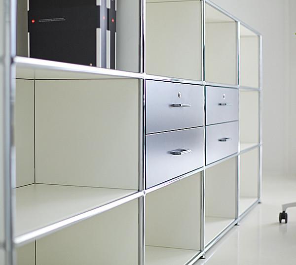 3364_fernando-mayer-muebles-de-apoyo-libreros1-600x538