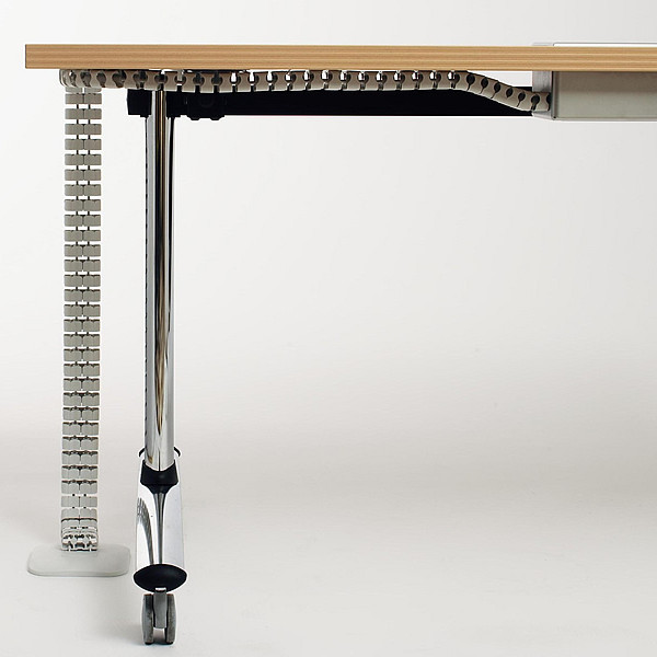 3364_fernando-mayer-productos-mobiliario-educacion-mesa-Mesa-Hipup6-600x600