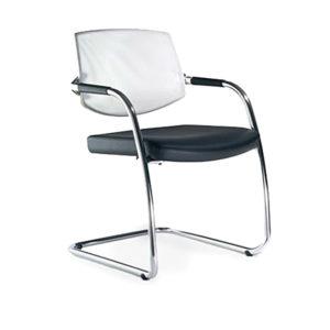 Fernando-mayer-sillas-uso-multiple-eura1