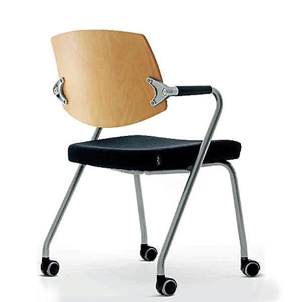 3364_fernando-mayer-sillas-uso-multiple-eura3