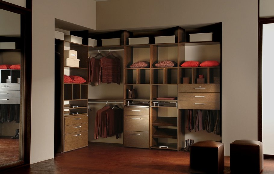 Compartir johnson closets for Placares johnson