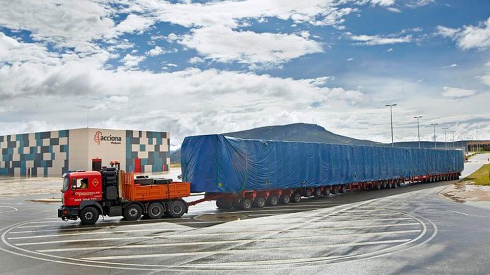 3881_camion-200-ruedas