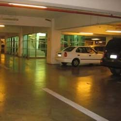 Instalaciones De Almacenamiento Y Estacionamiento