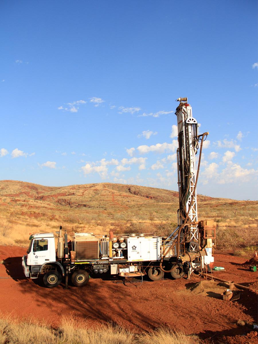418_drilling_equipment_reverse_circulation_drilling_LC36_main_1