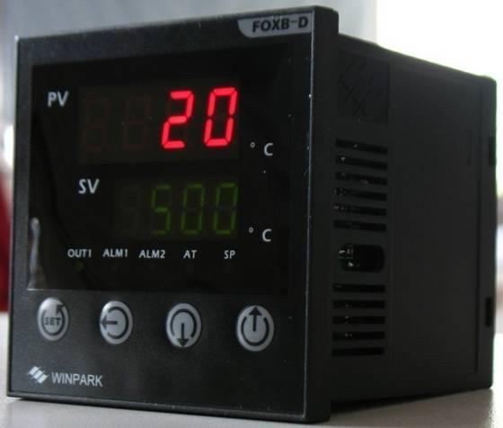 835_Temperature_Controller-2
